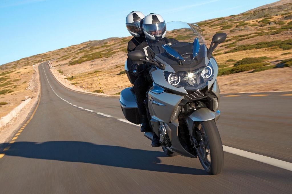 moto de location BMW K1600 GTL
