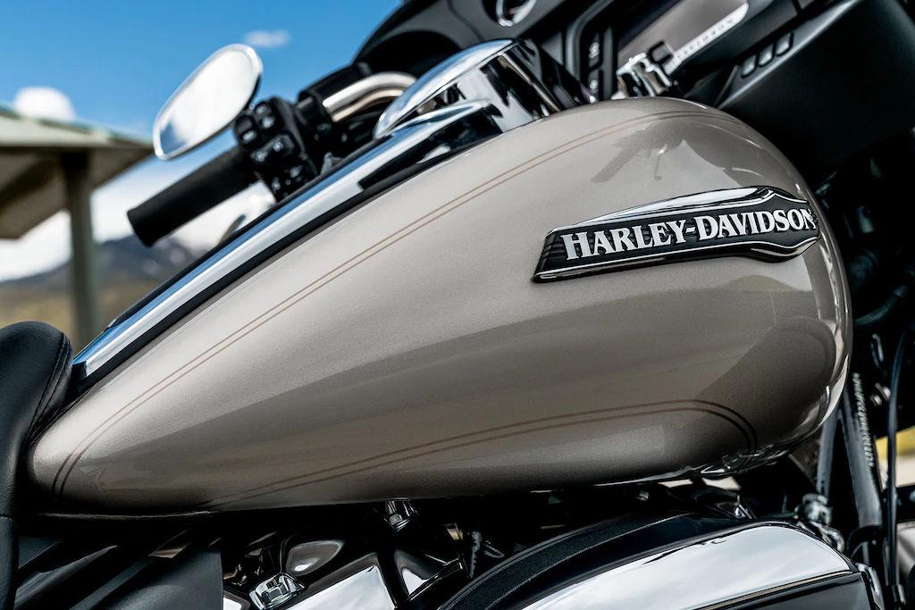 moto de location Harley-Davidson Electra Glide